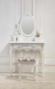 weißer Schminktisch mit Spiegel